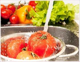 Cómo lavar correctamente los alimentos frescos